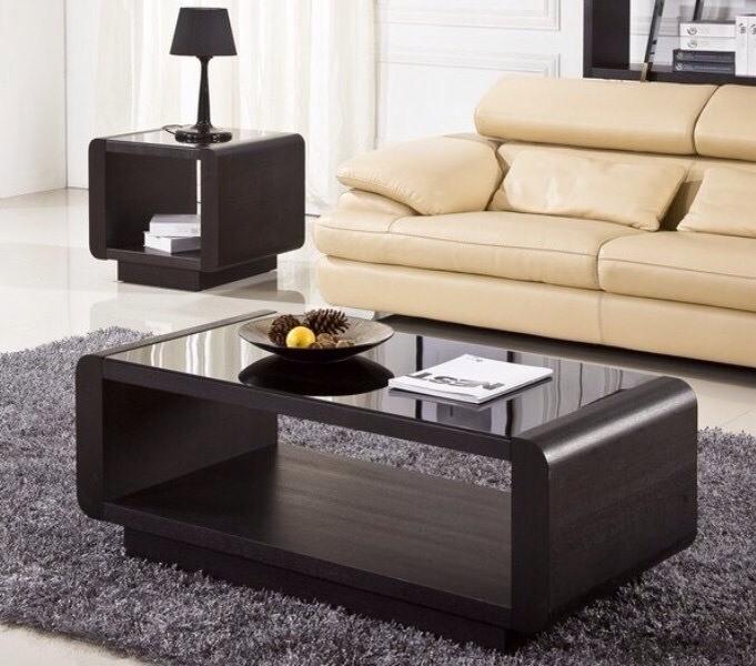 Mẫu bàn sofa đẹp kiểu dáng hình chữ nhật cổ điển